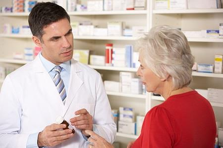Are pharmacists qualified to provide health checks?